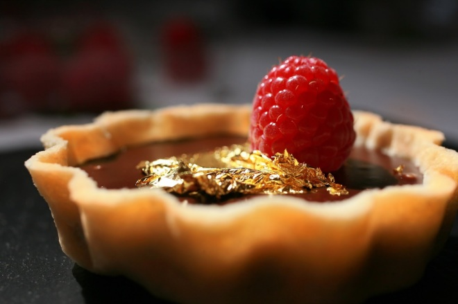 chocolate-tart-with-gold-leaf