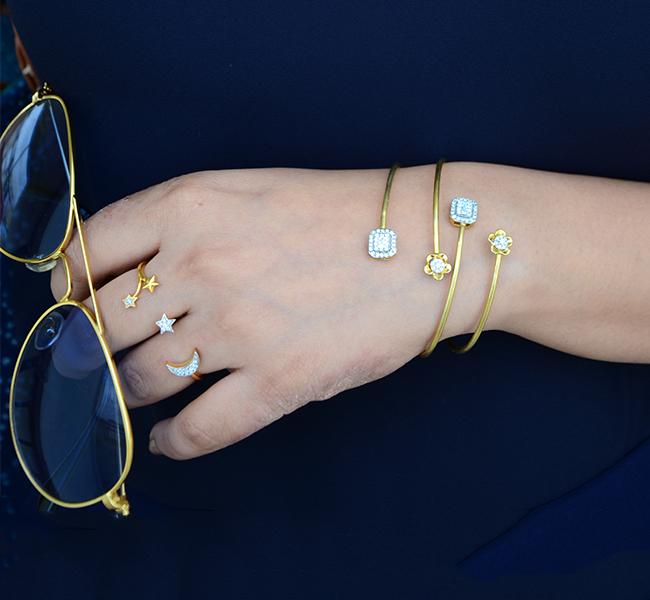 open-bracelets